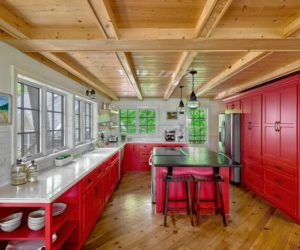 Cool Ideas To Steal If You Want A Red Kitchen