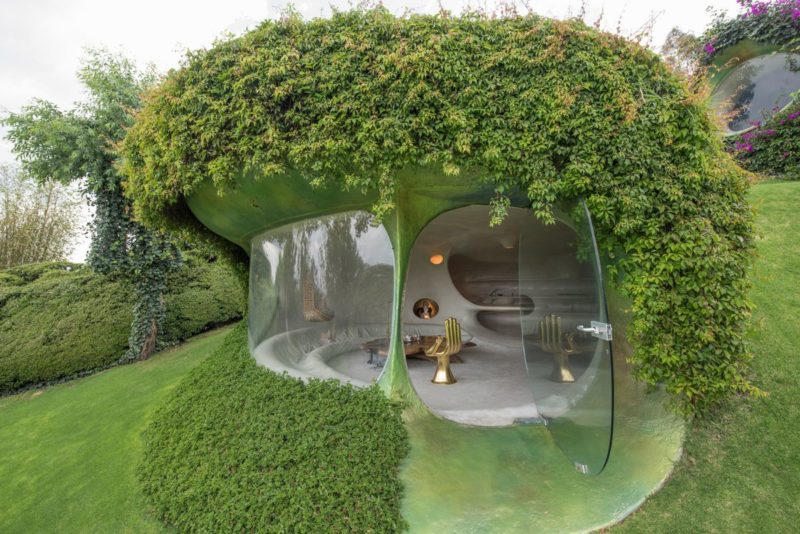 Organic Underground House Shaped Like A Peanut