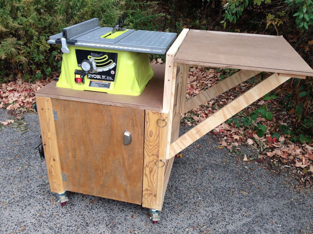 Tiny workbench with a fold-down top