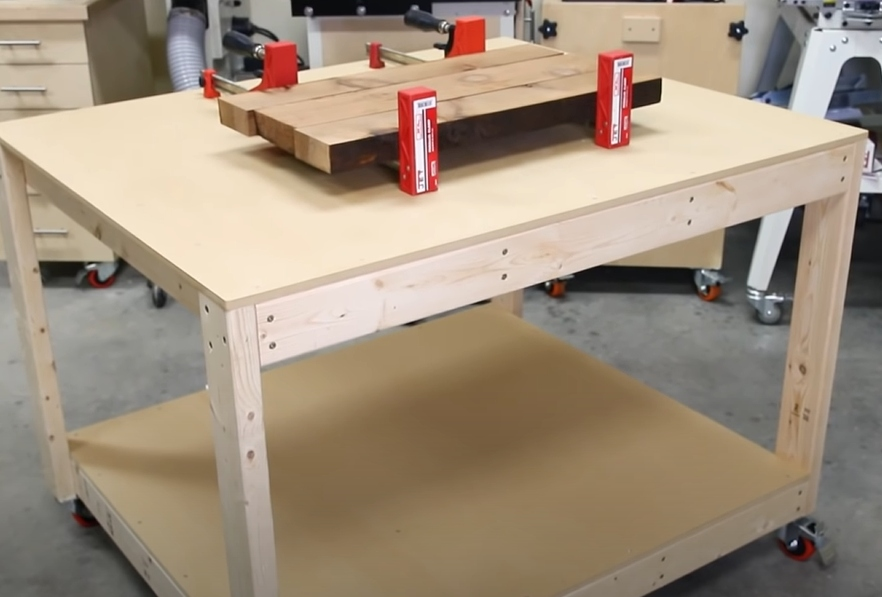 Basic workbench that's cheap and easy to build
