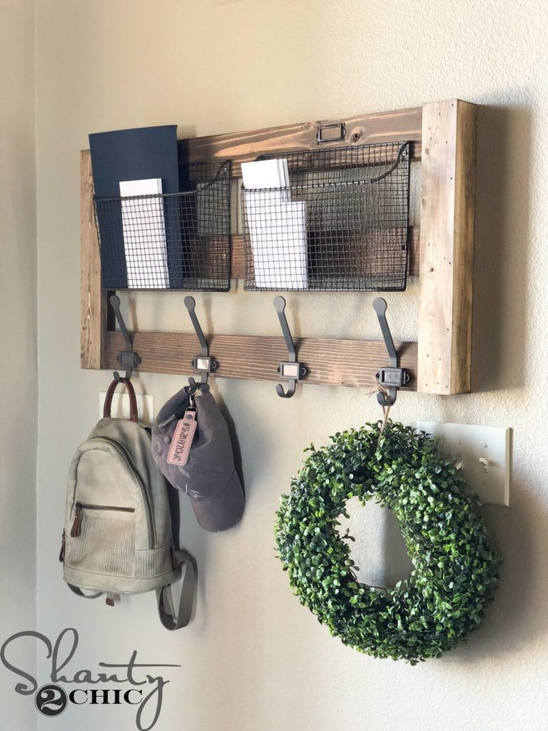 14 Ways To Make Your Entryway Look Great And Be Practical At The Same Time