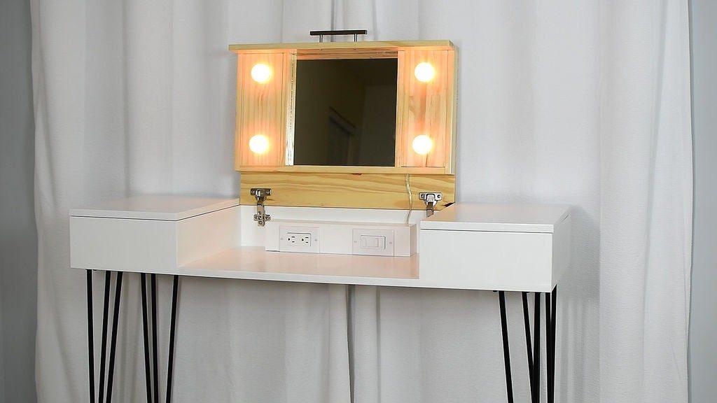 10 Diy Vanity Mirror Projects That Show, Make My Own Vanity Mirror