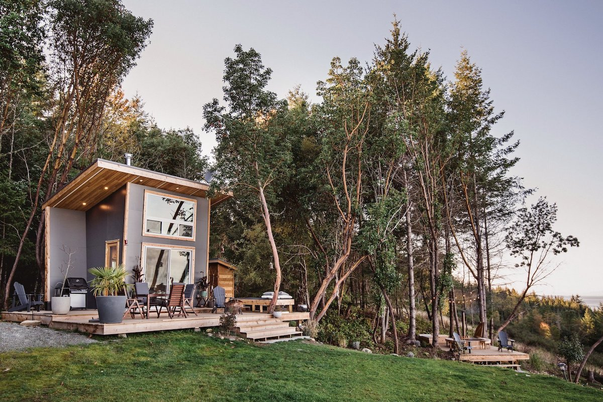 This tiny vacation house was designed and built in 2018 for a newly married young couple