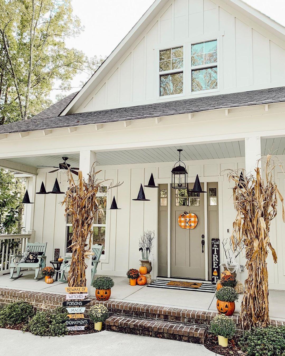 Whimsical Fall Porch Decor