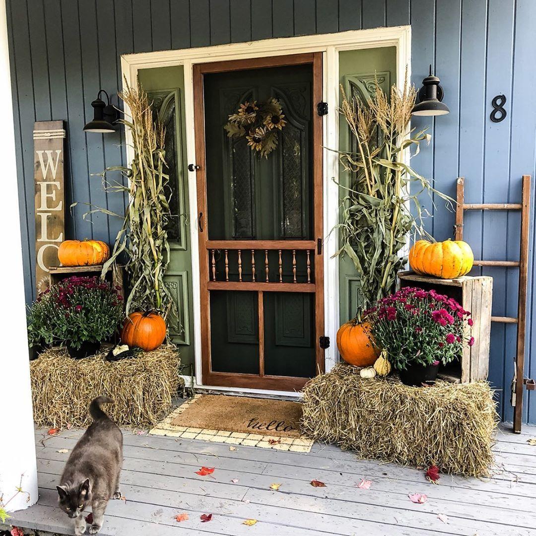 A Beautiful Fall Porch Using Natural Decor