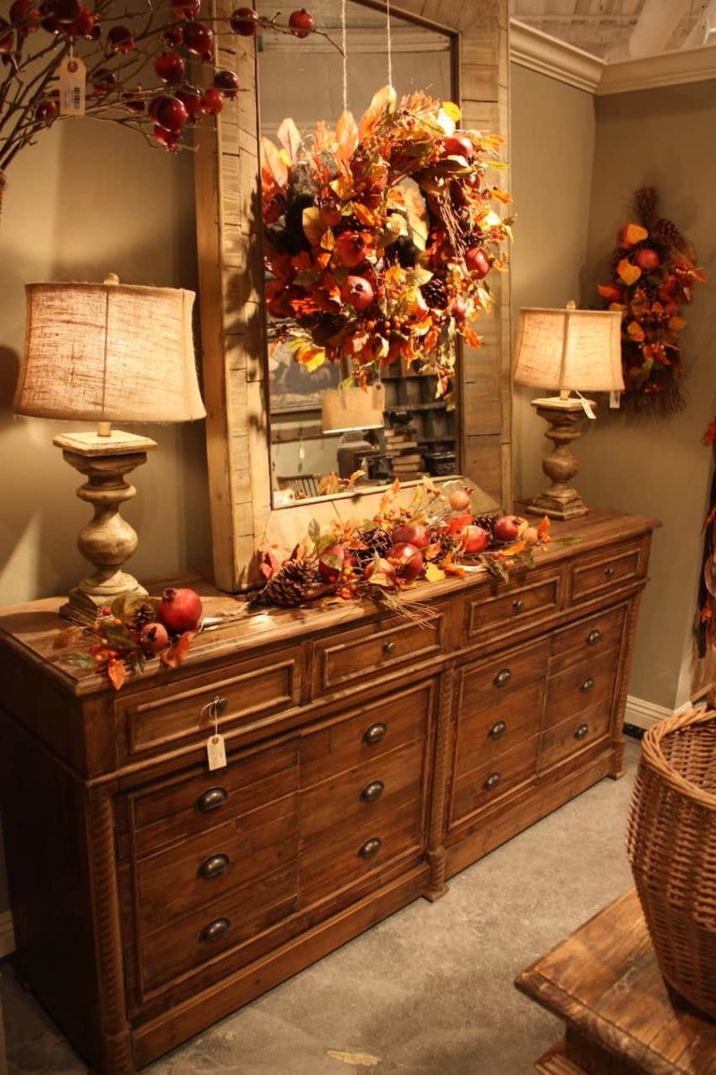 Cozy Up Your House for Fall With These 20 Interior Decor Ideas