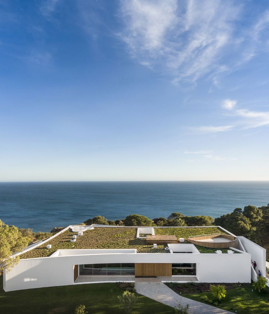 Casa Lux sits on a higher level which allows it to frame the most amazing views of the ocean