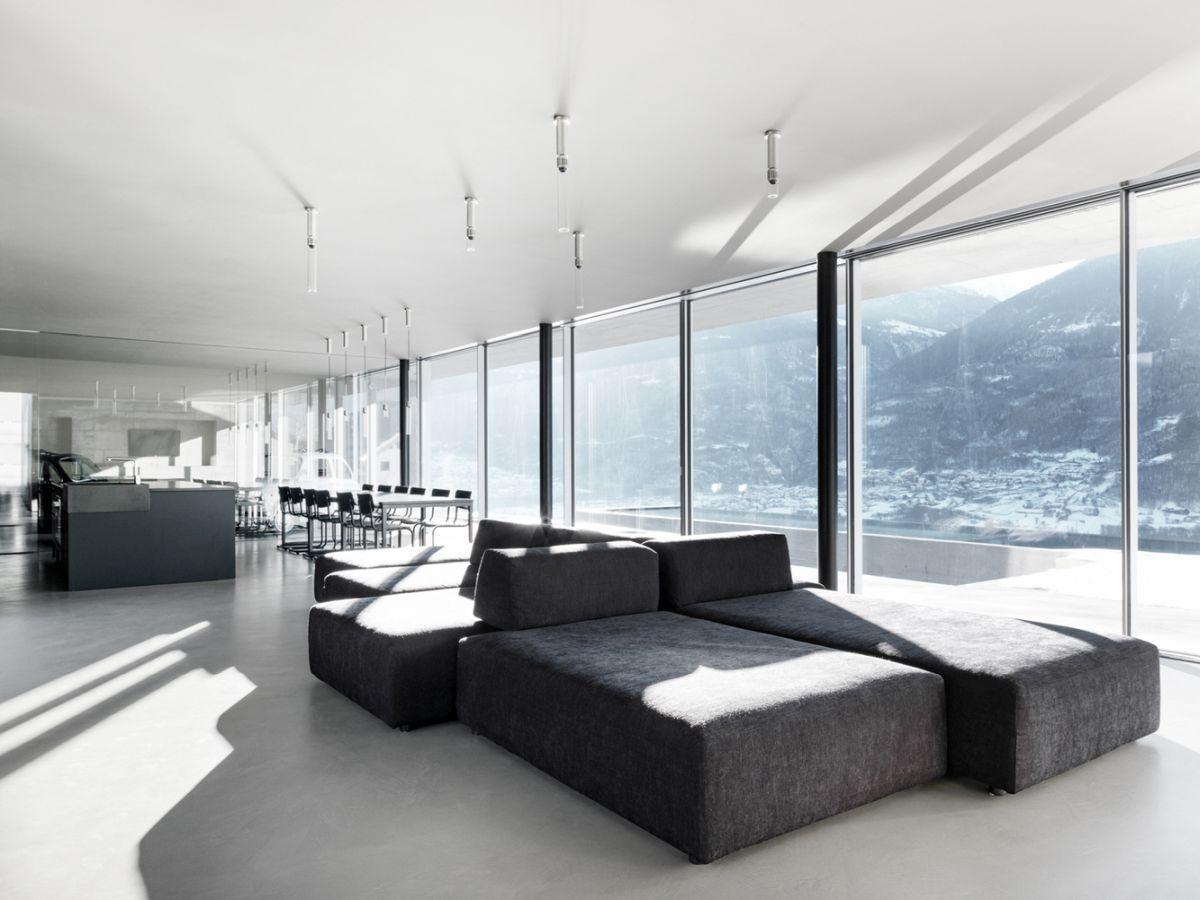 The elongated and linear layout imposes a fairly limited range of options throughout the interior