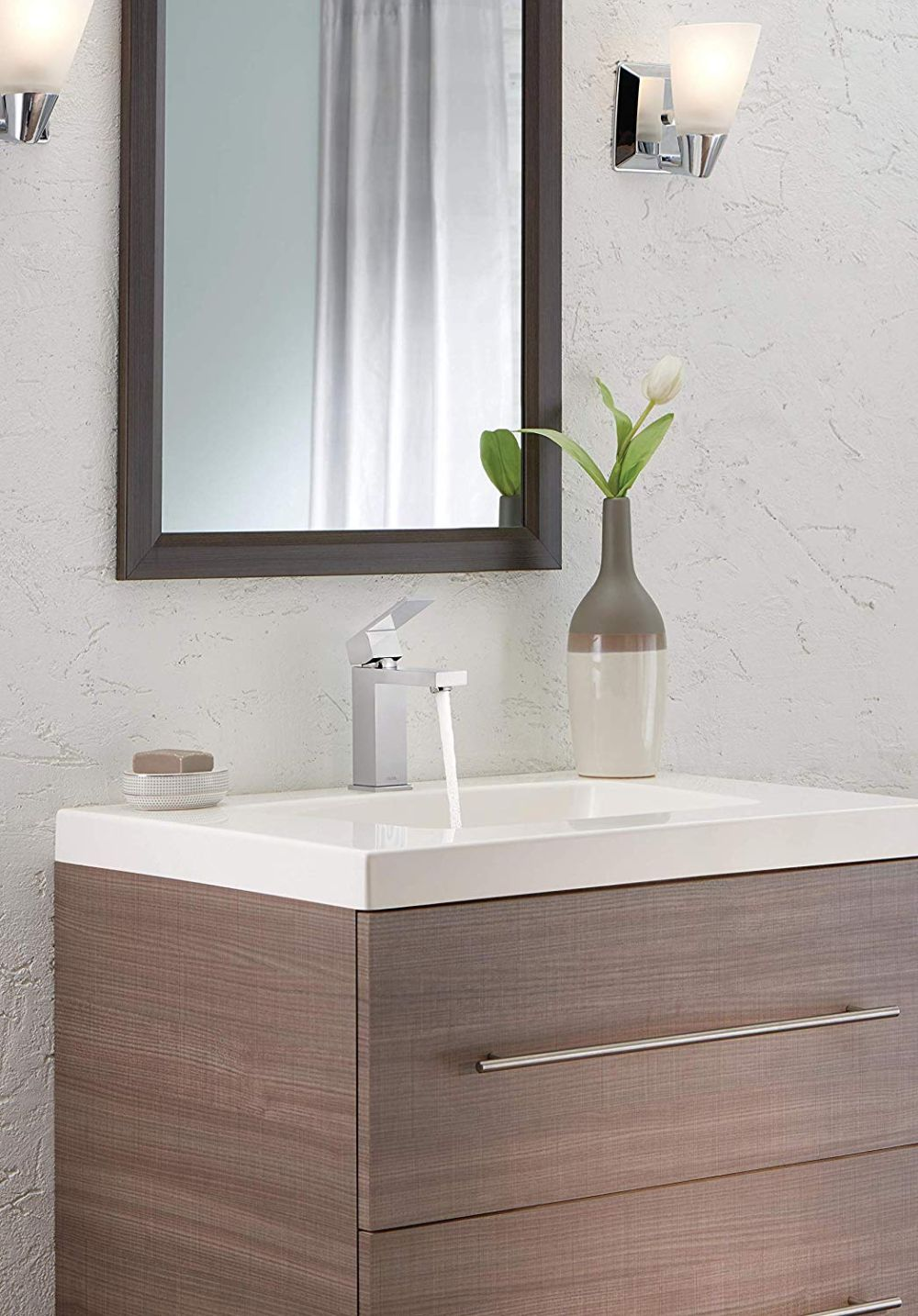 Moen Genta Chrome 1 Handle Bathroom Faucet: The Best Bathroom Sink Faucets You Can Buy Right Now