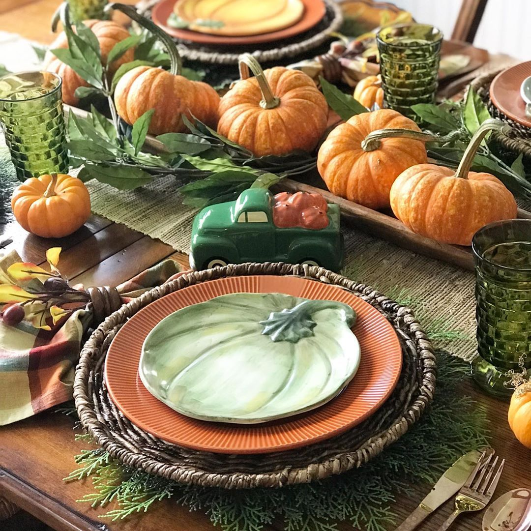 Pumpkin-Themed Centerpiece