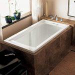 American Standard Evolution Deep Soaking Tub