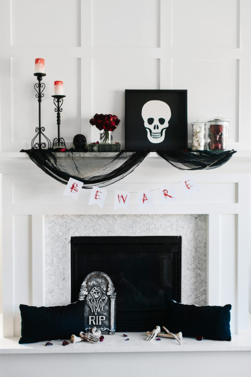 Cool Black And White Decor Concept for Halloween