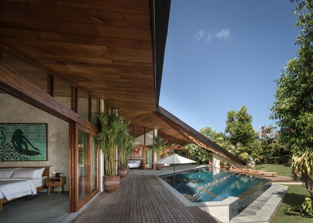 Among the materials used throughout the project is 100+ year old teak from Java and reclaimed ironwood from Kalimantan