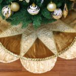 Christmas Tree Skirt with Sequins and Ruffle