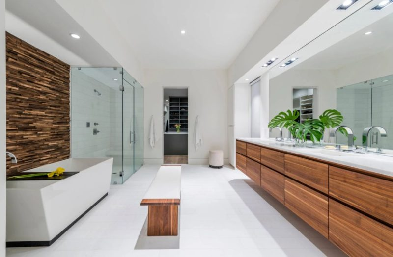 How A Bathroom Bench Can Totally Change This Room