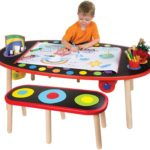 Super Art Table with Paper Roll