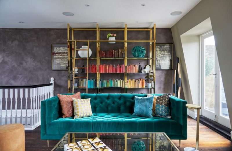 Gorgeous Teal Colour in Home Décor