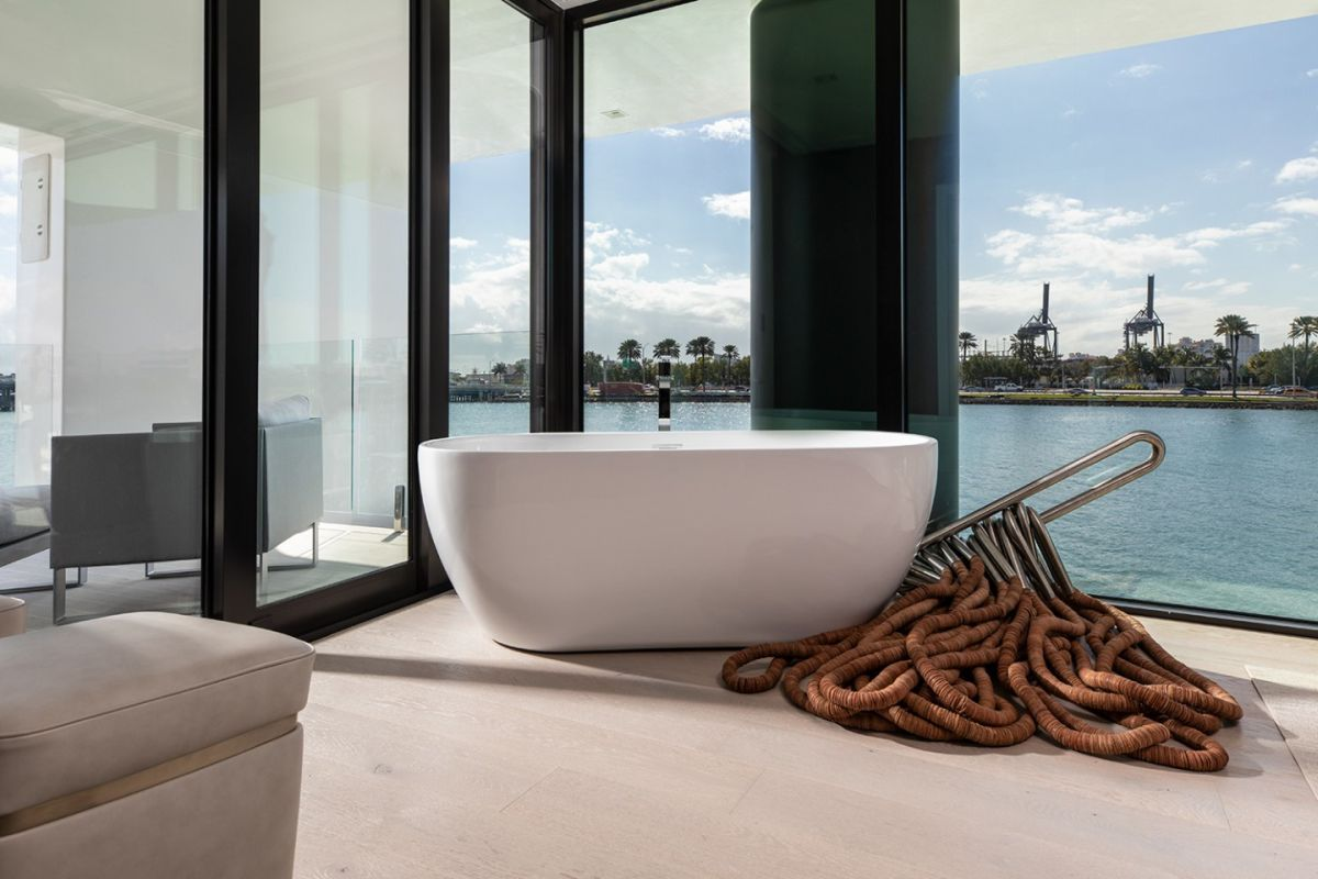The interior design is minimalistic and contemporary with subtle nautical influences