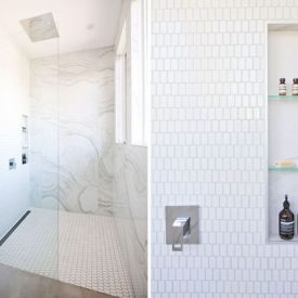 Shower niche with glass shelves