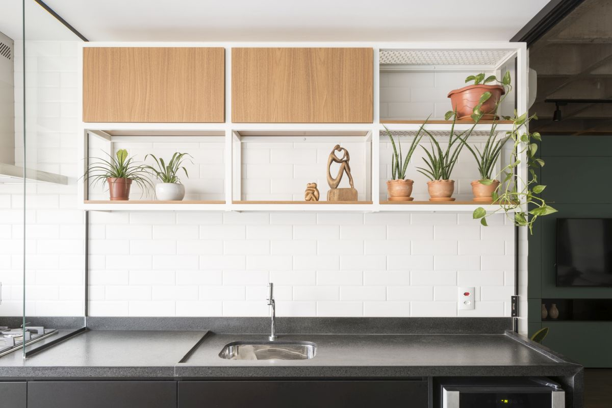 The kitchen was reimagined and has an open layout, remaining accessible for everyone