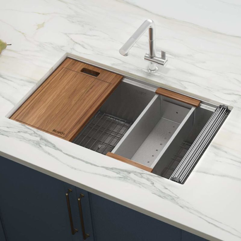 These Undermount Sinks Would Look Great in Your Kitchen
