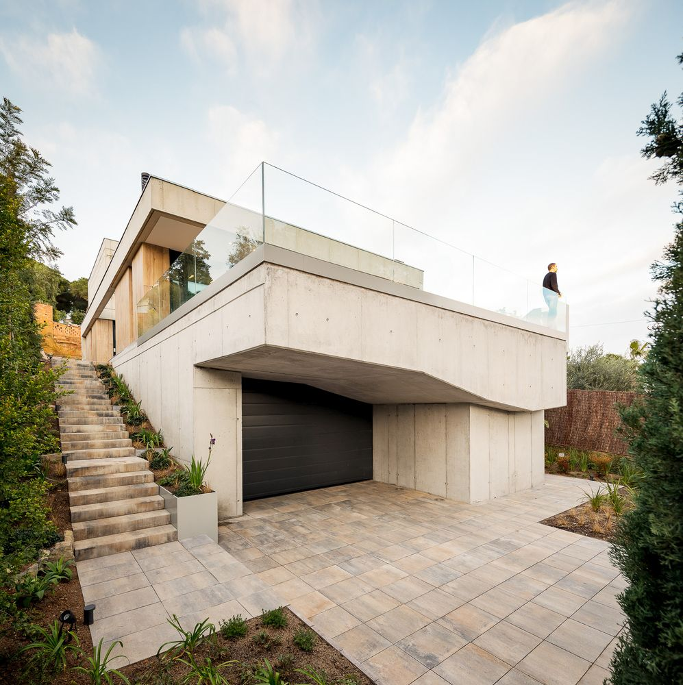 Beautiful House In Spain Uses Gl And Concrete Unexpected Ways