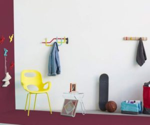 12 Best Acrylic Furniture Pieces That Can Fit In Any Type Of Space