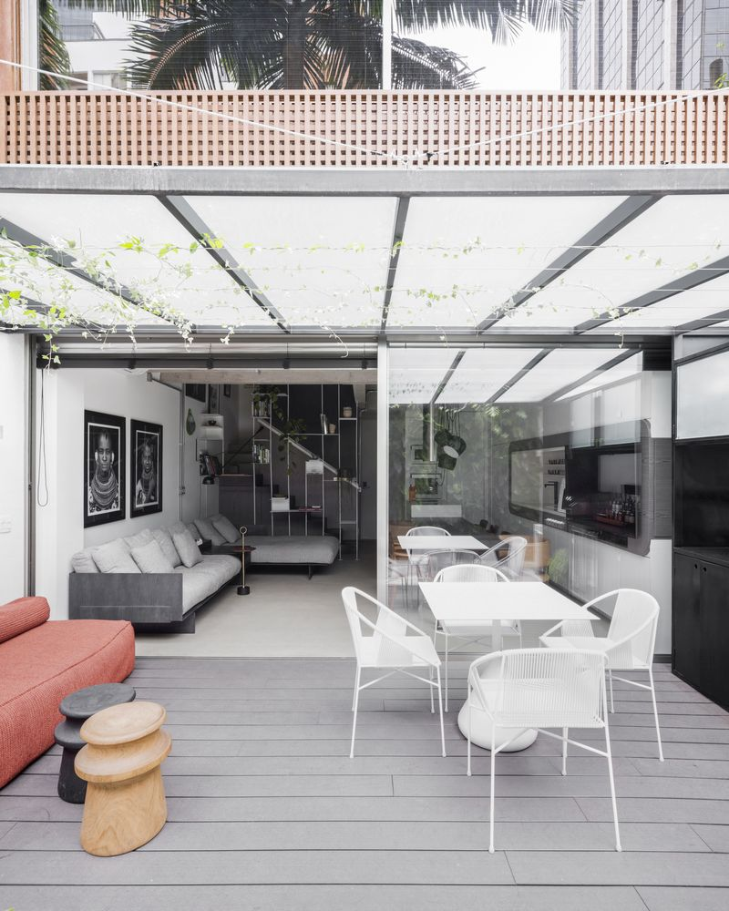 Although they have different functions, the two floors are quite similar in terms of design