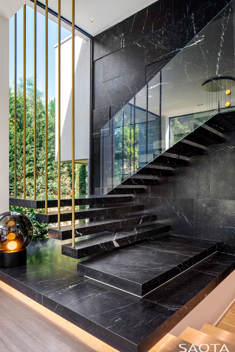 The Incredible Beauty And Versatility Of Marble Stairs