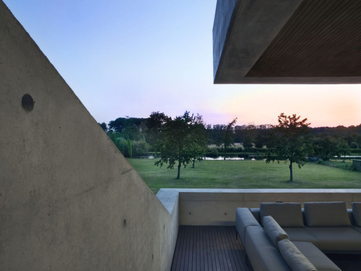 The view from the site is beautiful, serene and relaxing and all the large windows and openings take advantage of this