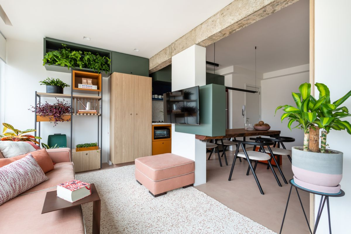 Small Brazil Apartment Got Rid Of All Inner Walls And Looks Amazing