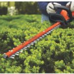 BLACK+DECKER 40V MAX Cordless Hedge Trimmer