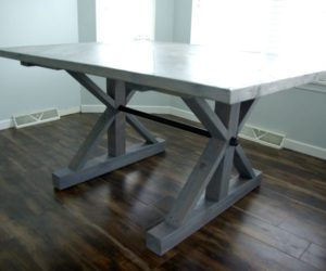 How To Build A Farmhouse Table From Scratch – 10 Project Ideas
