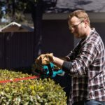 """Makita XHU02Z 18V LXT Lithium-Ion Cordless 22"""" Hedge Trimmer"""