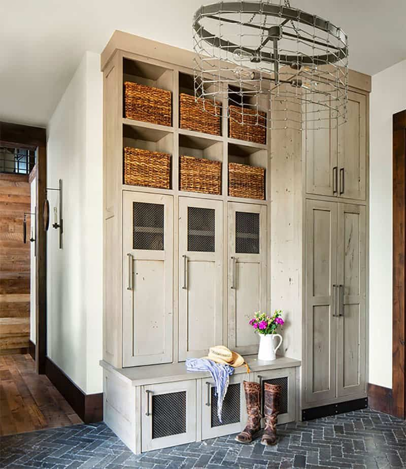 The entryway is very homely and sets the tone for the entire house