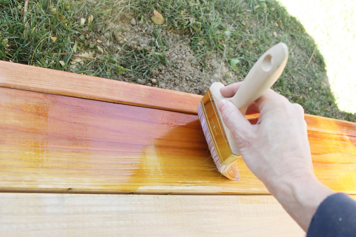 Building a Redwood Patio - The Best Paint and Tools For Painting Your Deck