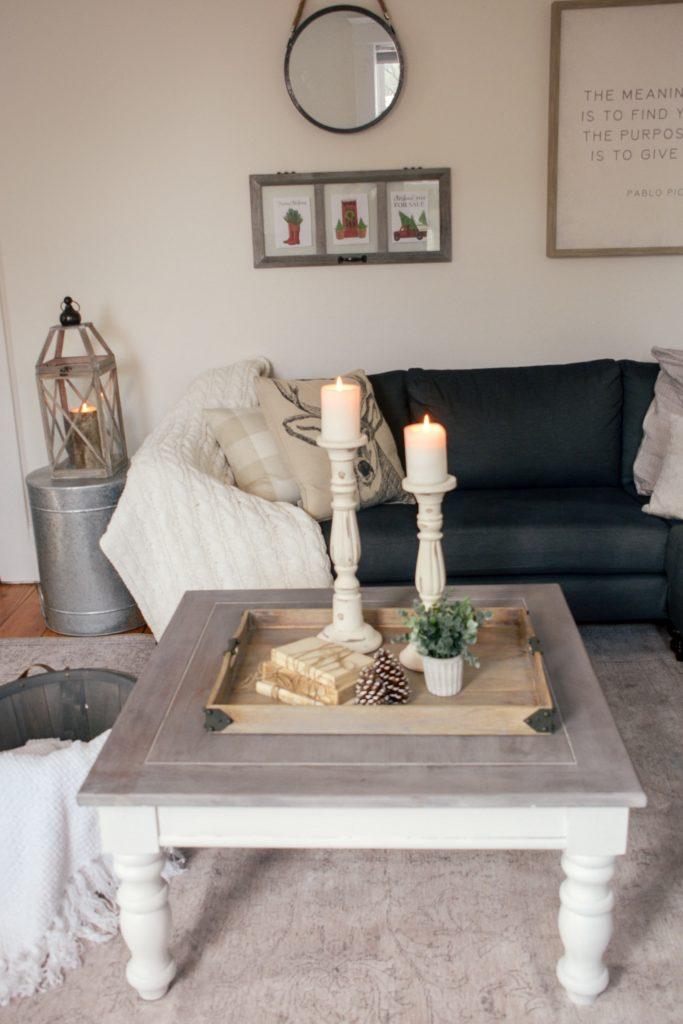 10 Diy Farmhouse Coffee Tables For Cozy, Farmhouse Living Room End Table Decor