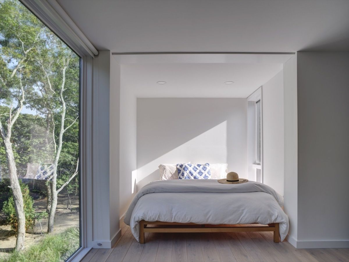 The bedrooms are very simple-looking but at the same time really stylish and relaxing