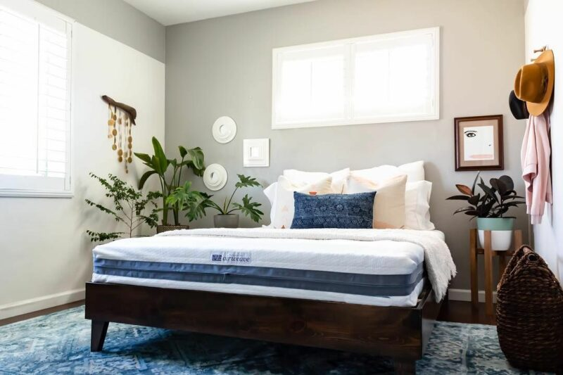 Airweave Mattress Review – Ideal For Heavier People And Stomach Sleepers