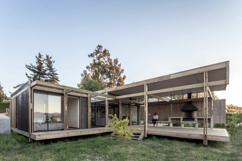 Modern Lakeside House Build Almost Exclusively Out Of Wood