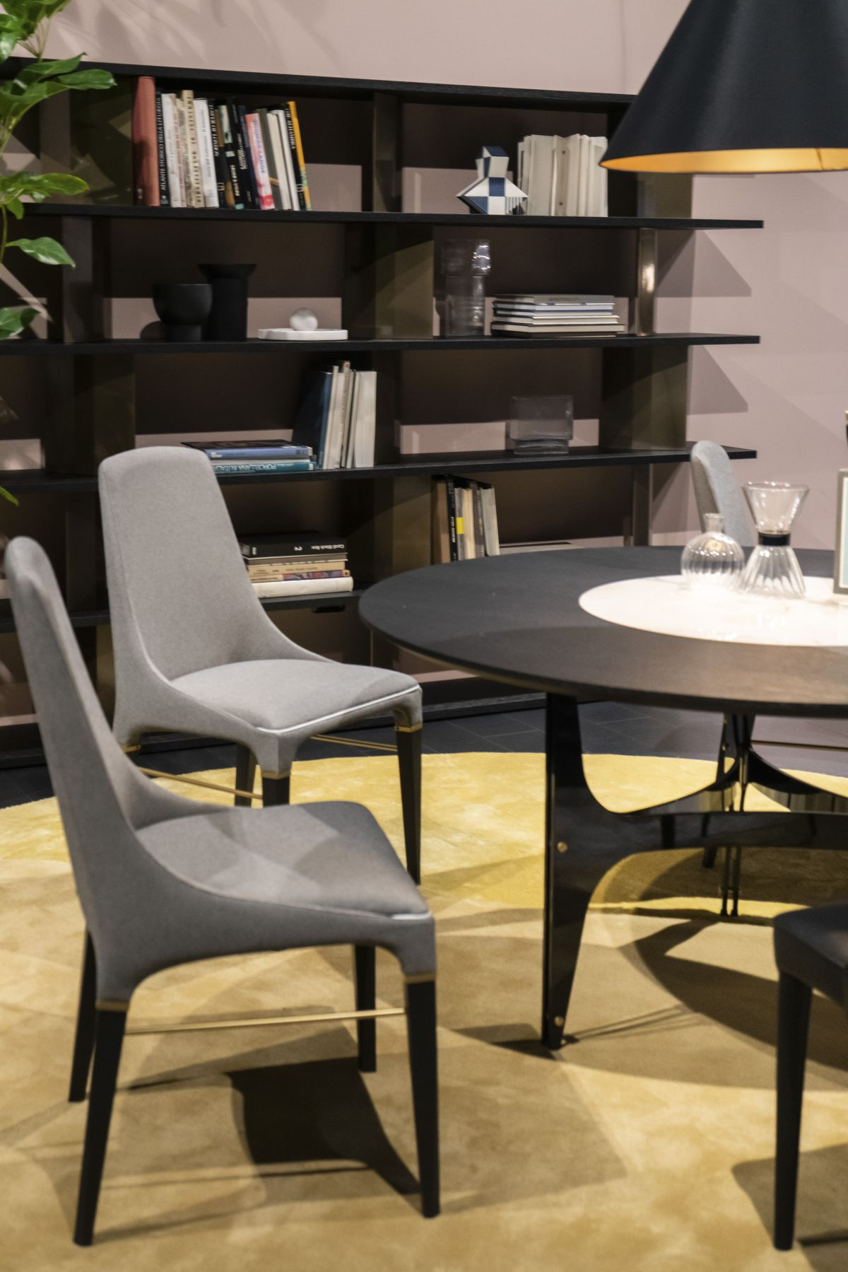 Contemporary design dining table - How To Design And Decorate The Space Around Your Dining Table