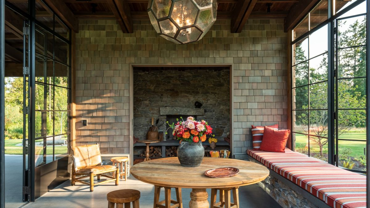 The chimney area has a really rustic vibe which is actually in tone with the whole design aesthetic of the house