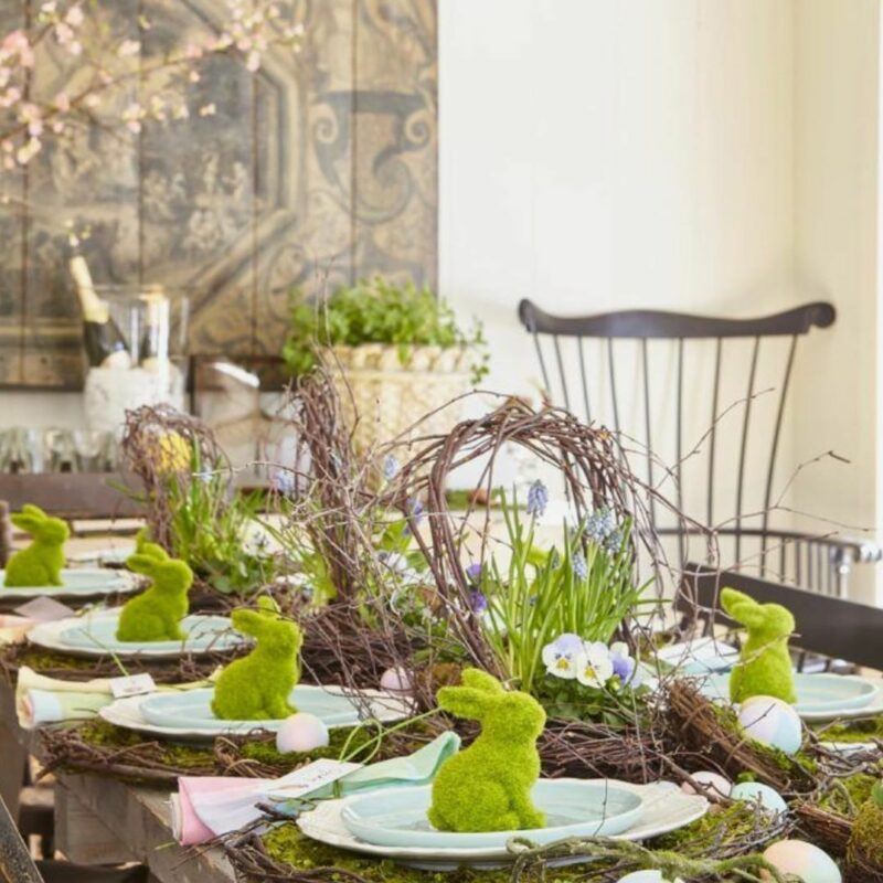 15 Easter Table Decor Ideas That Can Easily Be Customized