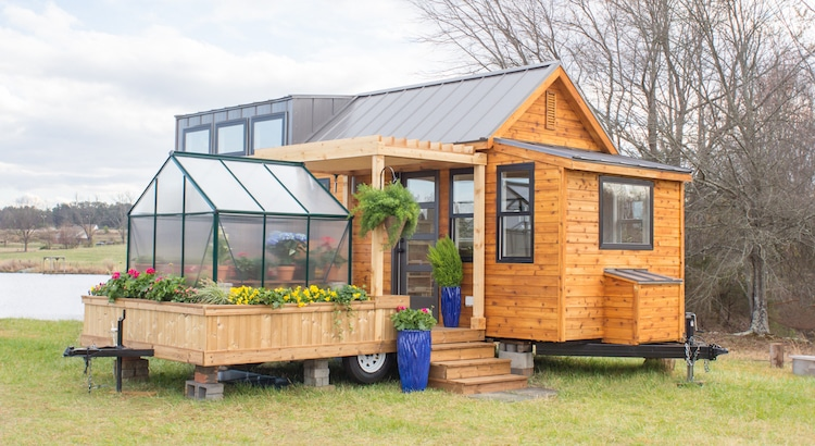 Elsa – A Tiny Home On Wheels With Its Own Little Greenhouse