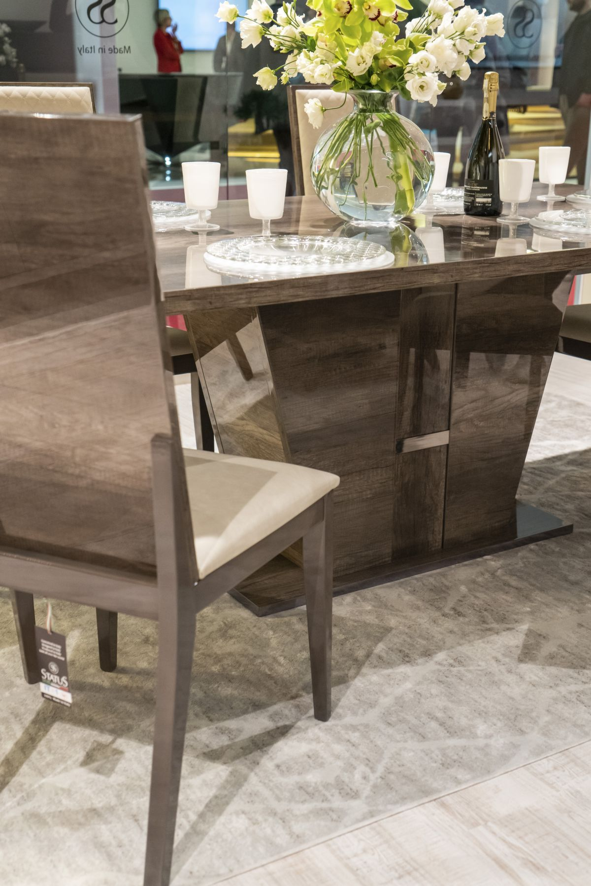 Solida base dining table - How To Design And Decorate The Space Around Your Dining Table