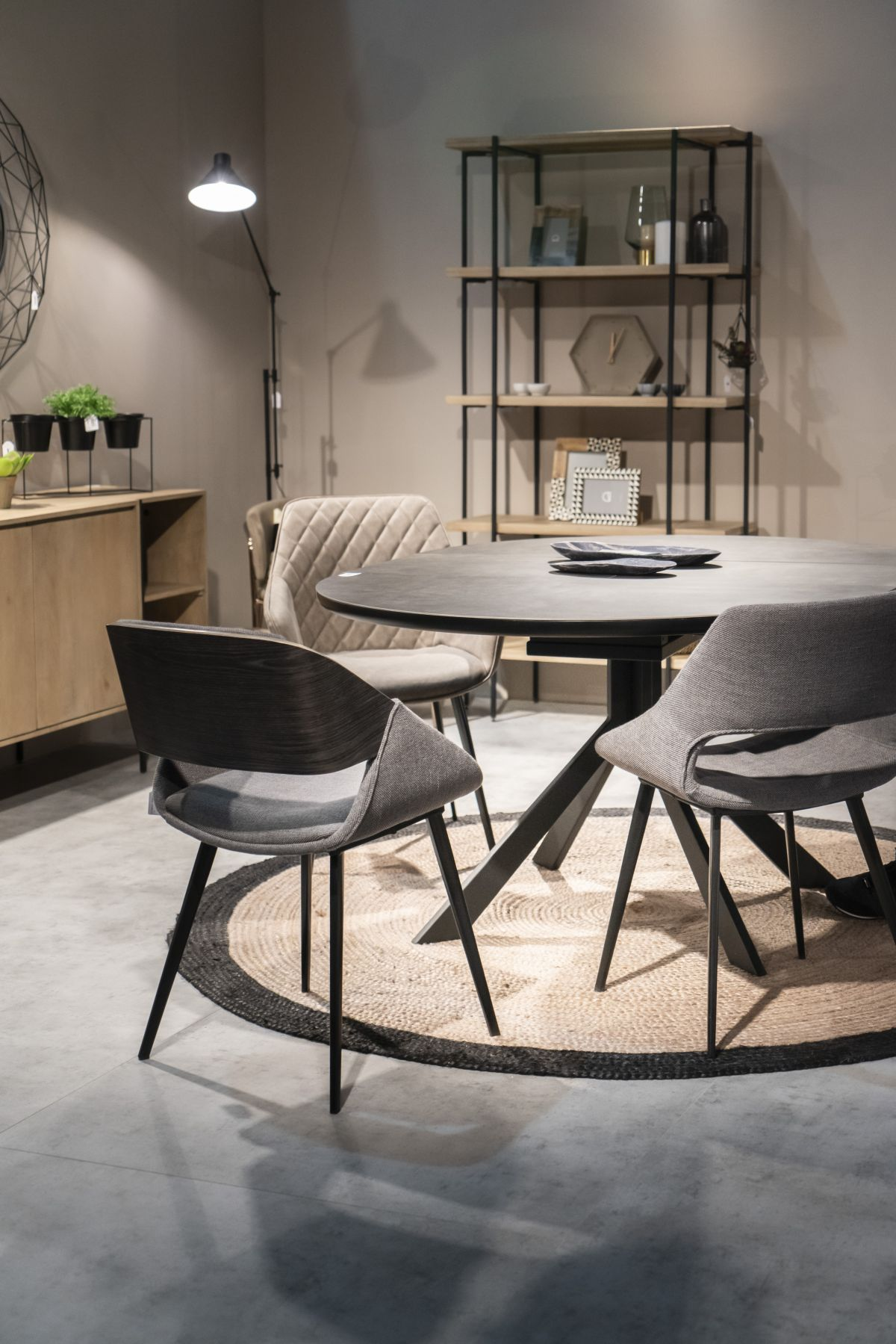 round table dining design - How To Design And Decorate The Space Around Your Dining Table