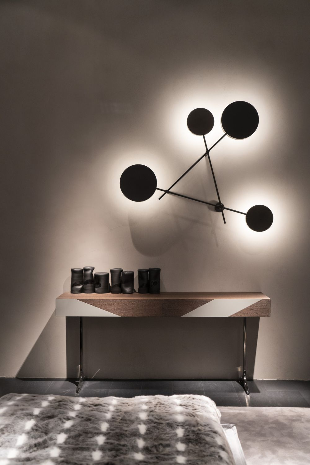 Arketipo wal light - Lighting Fixtures that Will Add a Bid Dose of Drama to Your Room