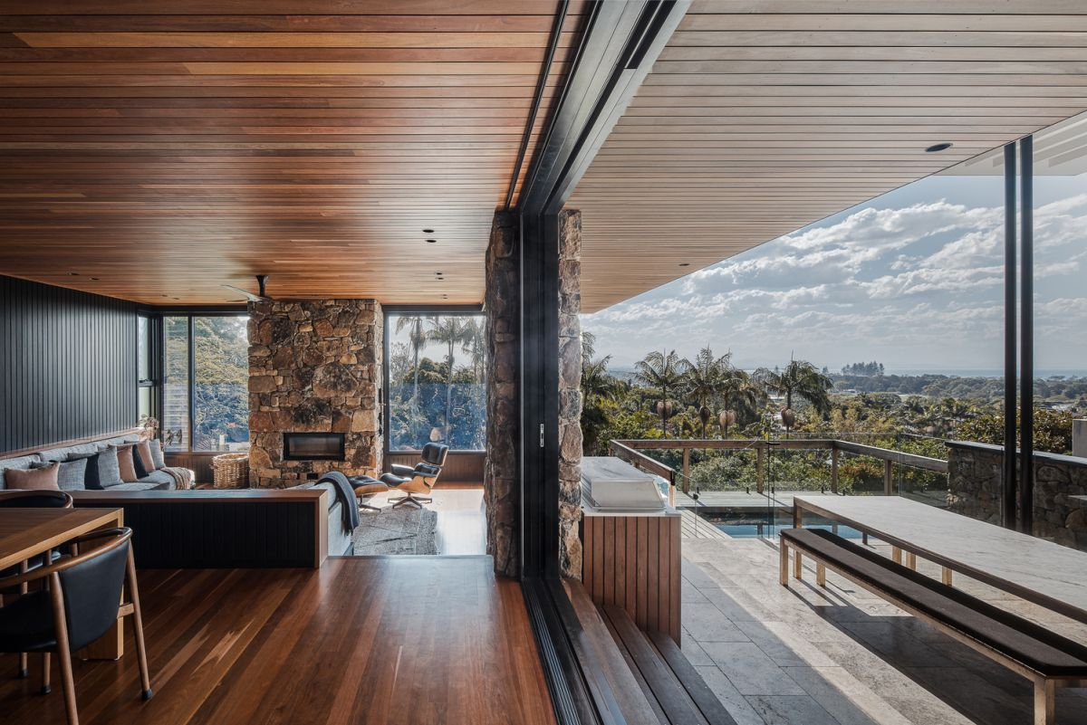 The house has also been optimized to maximize the views and to take advantage of them