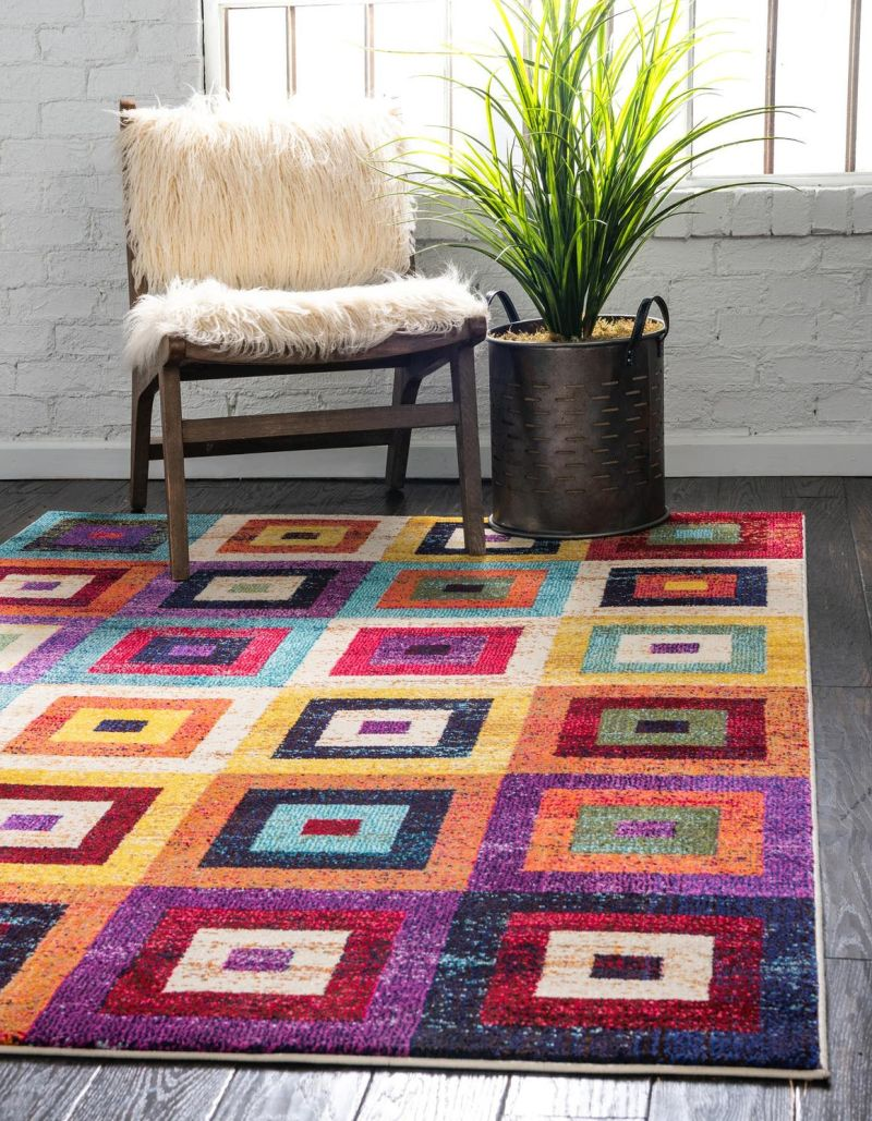 15 Versatile Area Rugs With Geometric Patterns