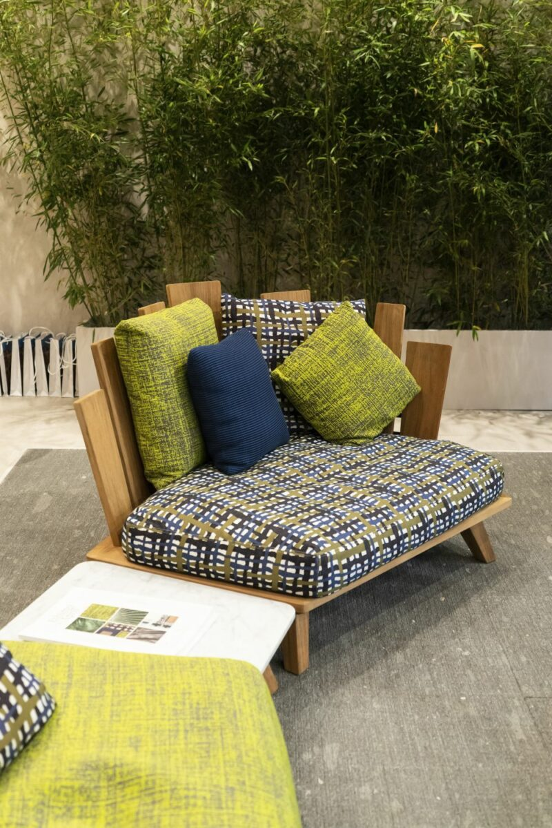 10 Modern Outdoor Furniture Designs With Stylish and Unexpected Features